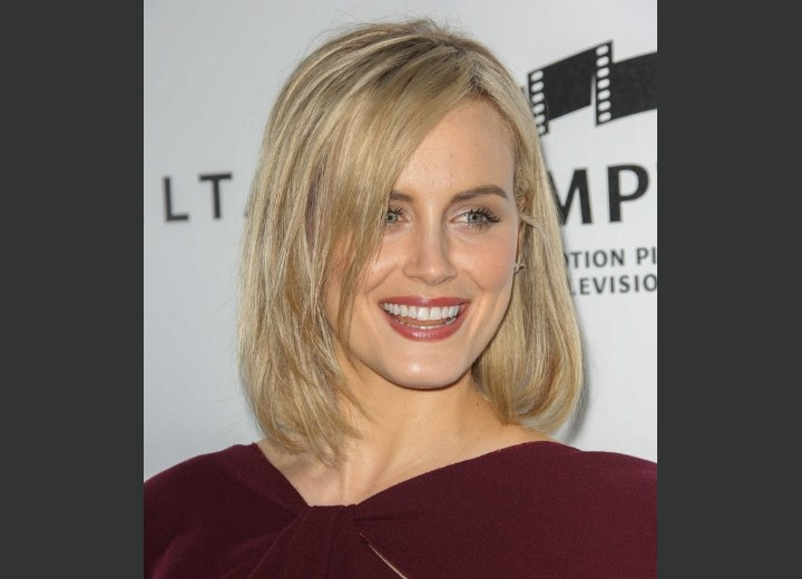 Taylor Schilling with medium length hair