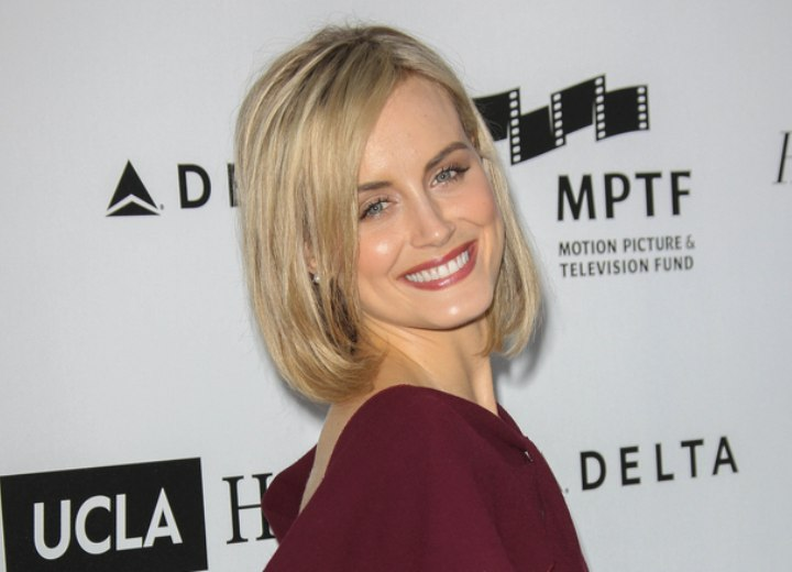 Taylor Schilling's mid length hairstyle