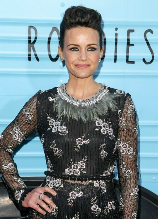 Carla Gugino S Fake Pixie And How To Style It