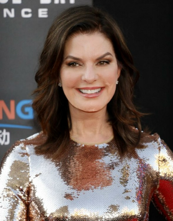 Sela Ward A Fashionable Long Hairstyle For Older Women