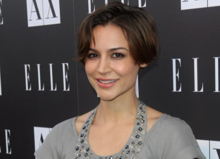 Samaire Armstrong With Her Hair Cut Short In The Back And