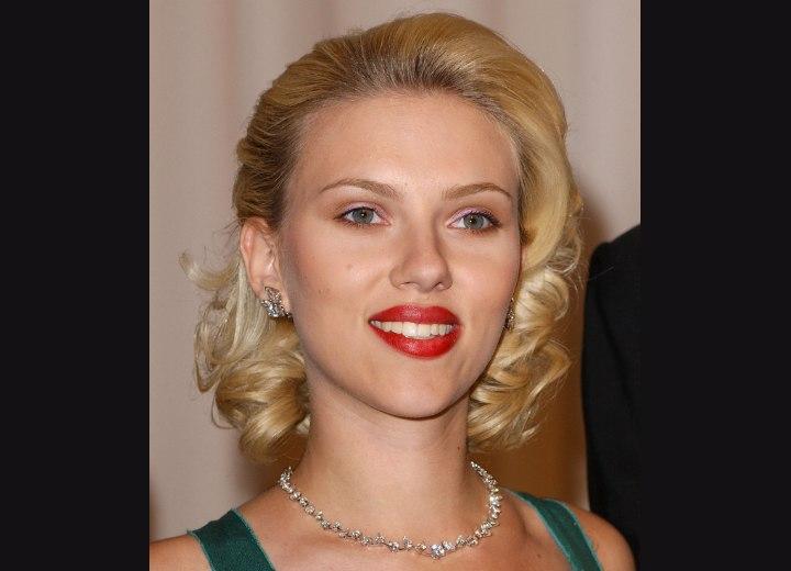 scarlett johansson hairstyles. More Scarlett Johansson