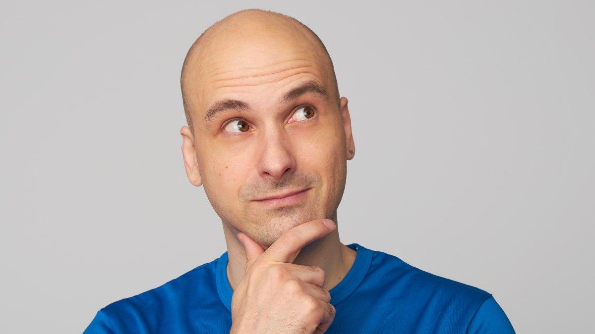 Können glatzköpfige Menschen auch Schuppen bekommen?