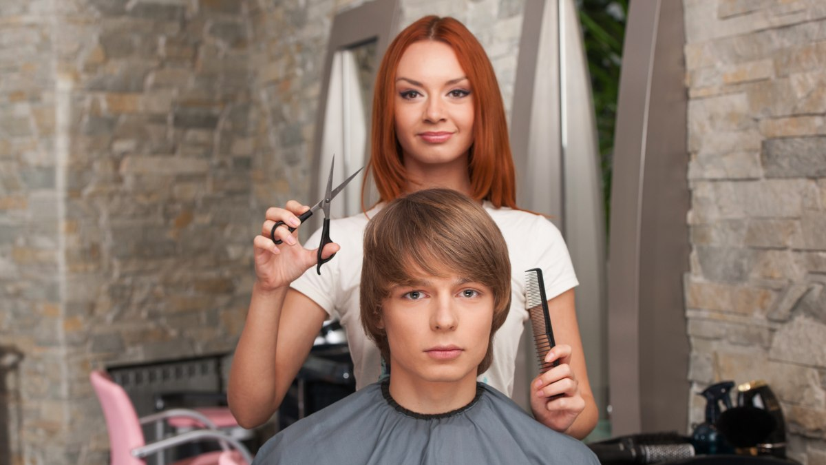The Best Way To Cut Men S Hair In A Tapered Haircut
