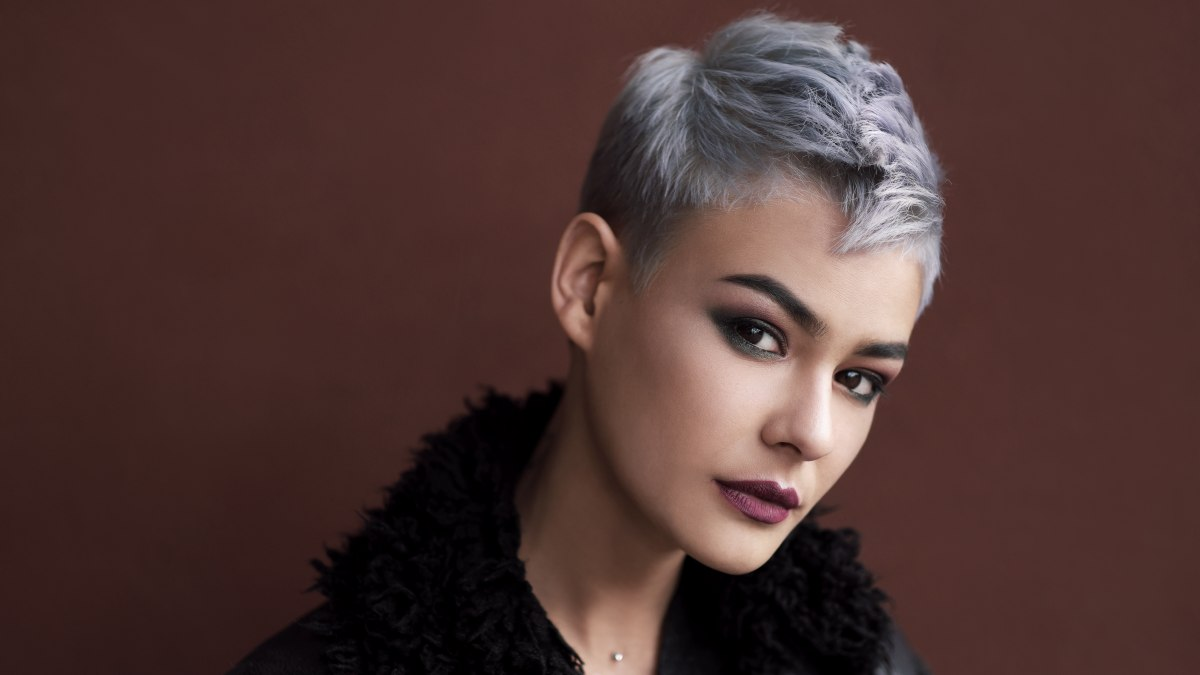 Silver hair color as temporary styling product or to enhance gray hair