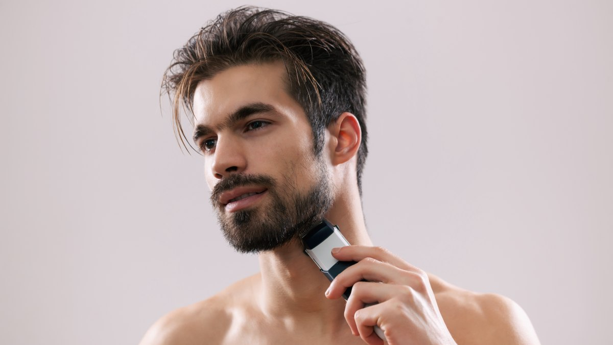 best-way-to-shave-facial-hair-lovers