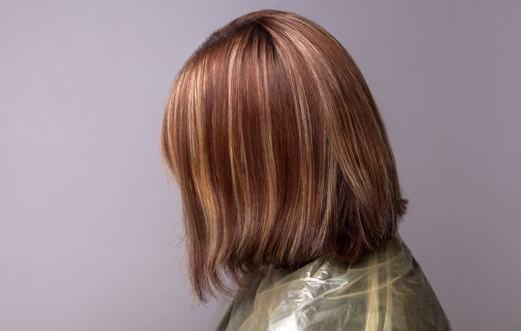 how to color hair and add highlights at the same time