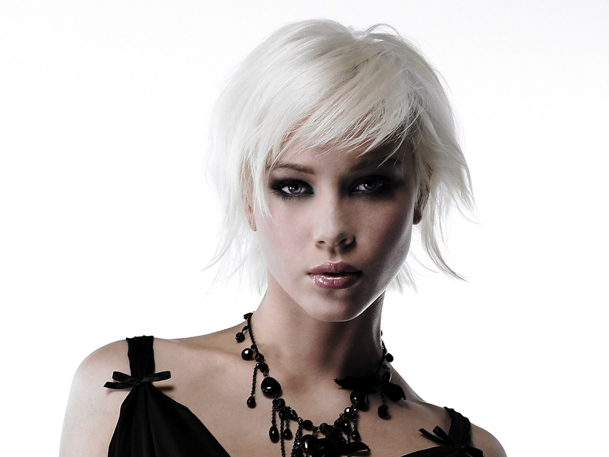Platinum White Short Hairstyle With Textured Ends