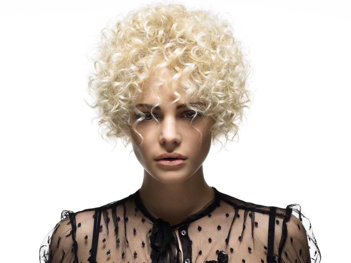 Short Blonde Hairstyle With Spiral Curls