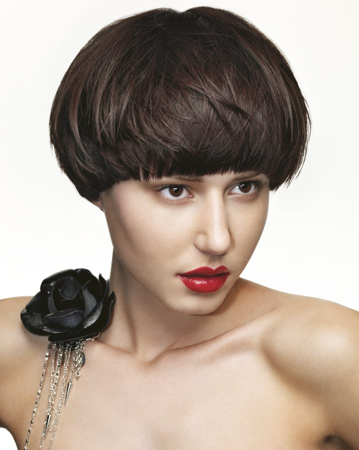 Stupendous Rounded Bob With Free Ear Lobes And Layers Short Hairstyles Gunalazisus