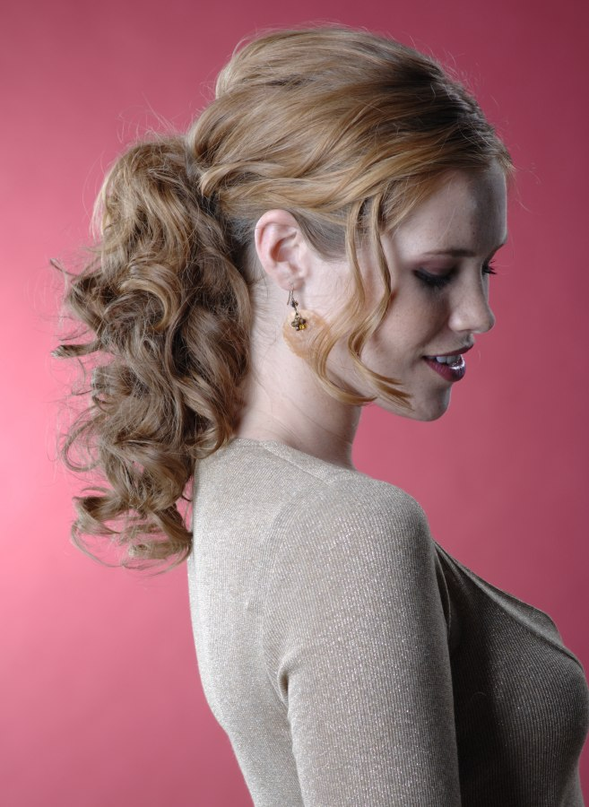 Festive Hairstyle With A Ponytail For Natural Curls