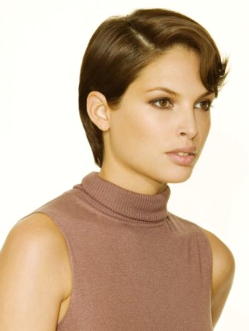 Feminine Short Haircut That Looks Sportive