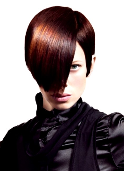 French Hairstyles With Shattered Cuts Movement And Constrasting Haircolors