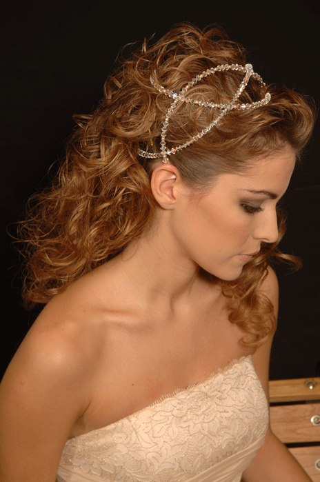 Photo of hairstyle with headpiece for bride