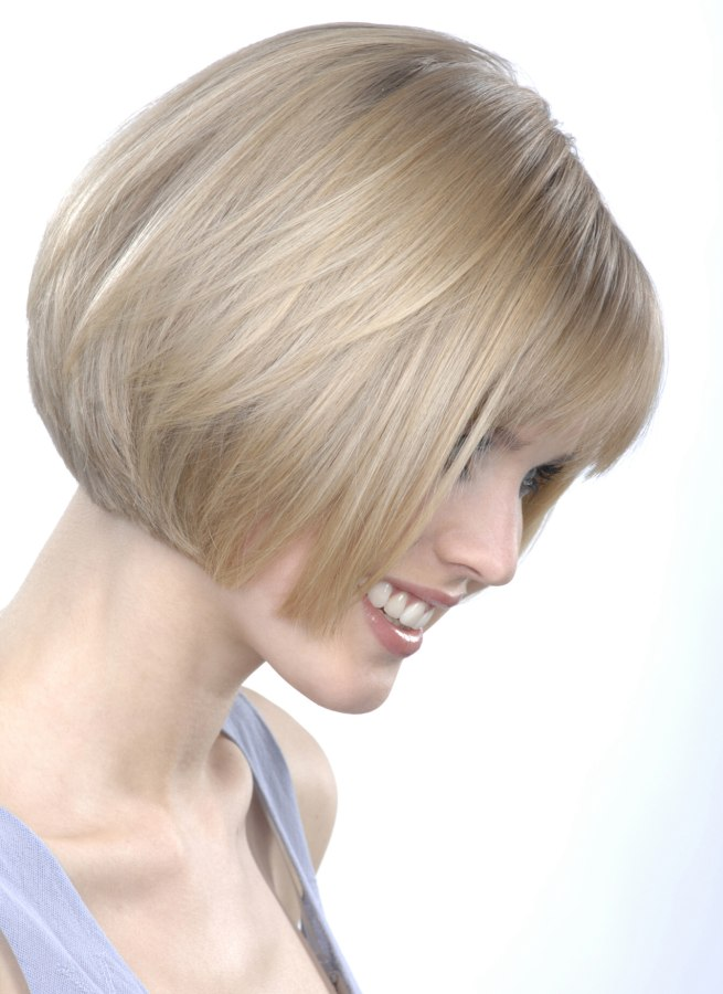 Chin Level Bob With Inwards Turned Ends Side View