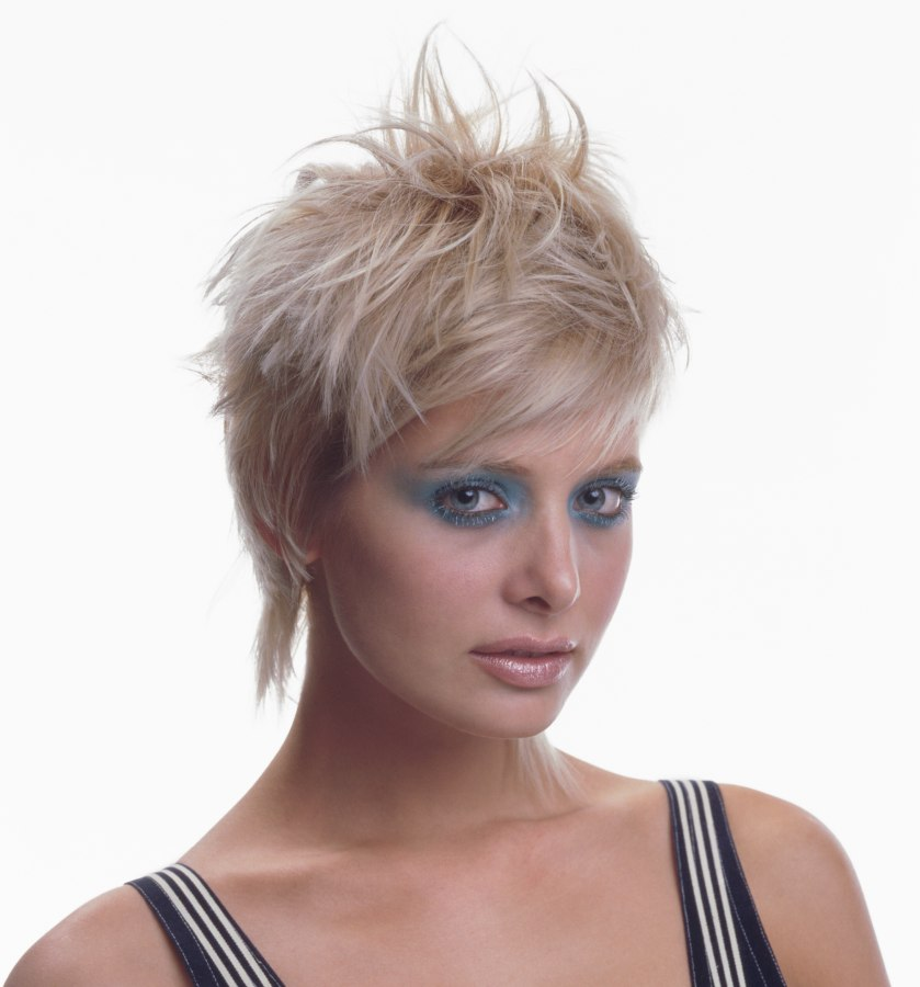 Jagged semi short hairstyle for a young woman