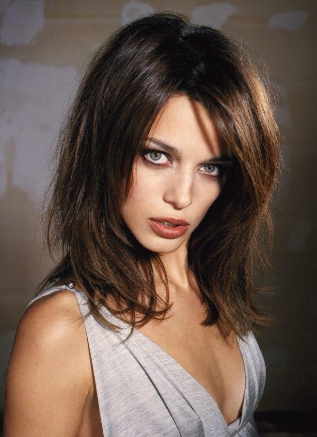 Voluminous hairstyles for long hair - Disheveled And Voluminous Long Hairstyle