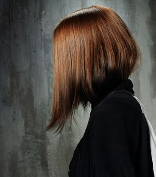 Long bob with a steep angle and sweeping lines