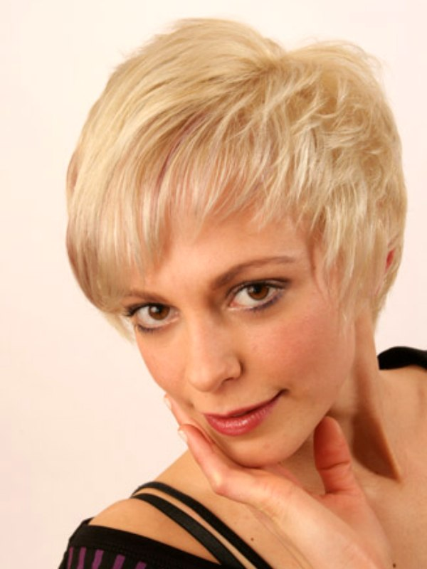 Easy to wear short hairstyle with the hair cropped close ...