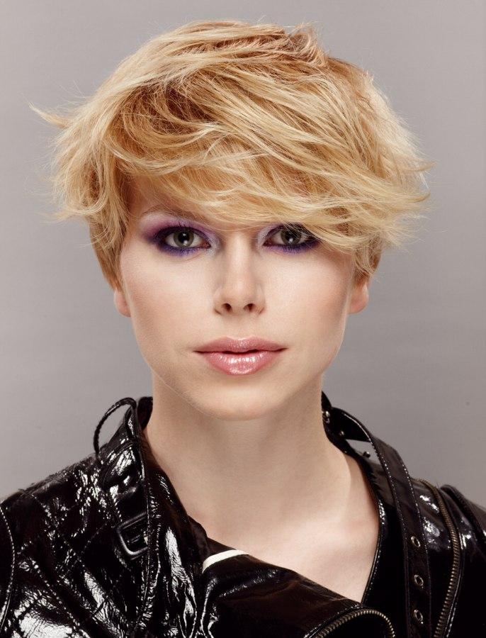 Short blonde hair with long bangs running sideways short haircut with long bangs urmus Choice Image