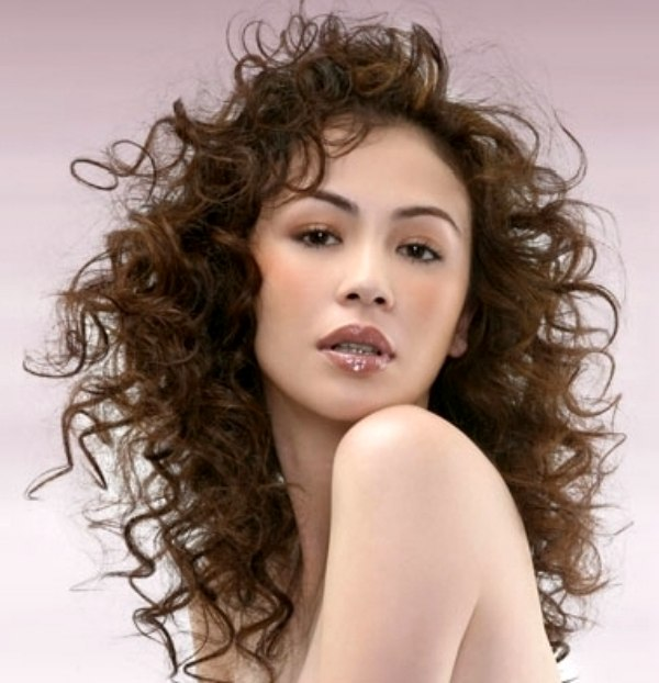Hairstyle with Festive Ringlets. style with ringlets and coils