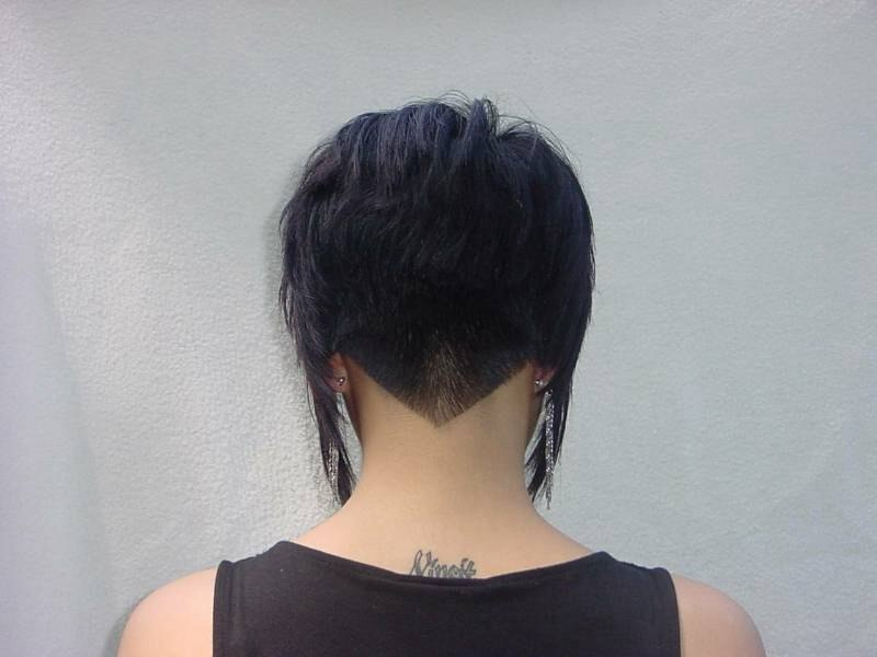 Inverted bob with tight blending in the nape