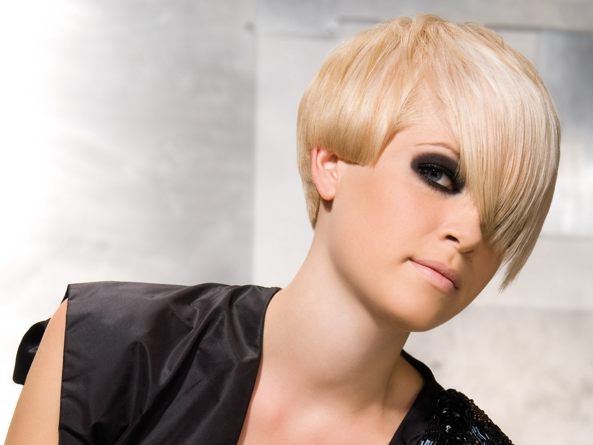 Cool Formal Punk Hairstyle For Half Ear Length Hair Short Hairstyles For Black Women Fulllsitofus