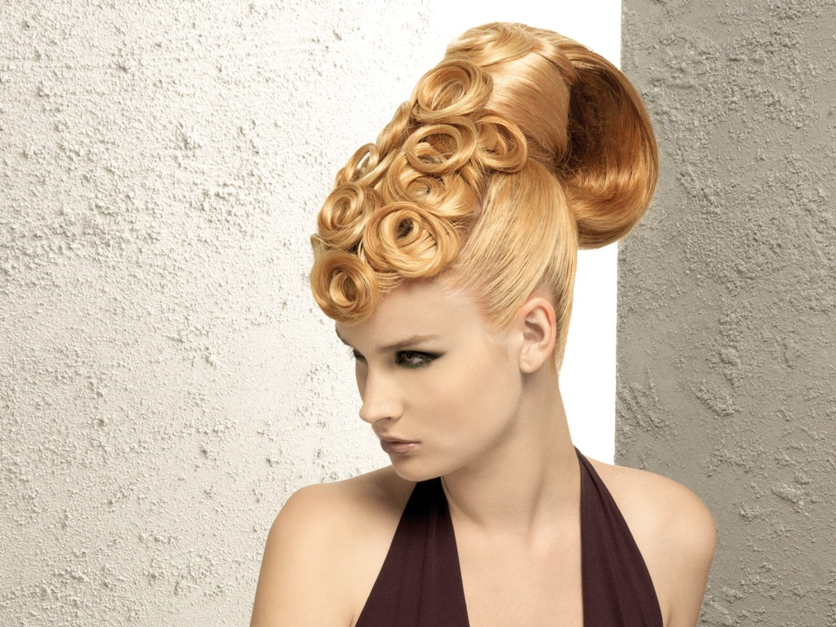 Groovy Sleek Up Style With Spiraling Pin Curls Short Hairstyles Gunalazisus