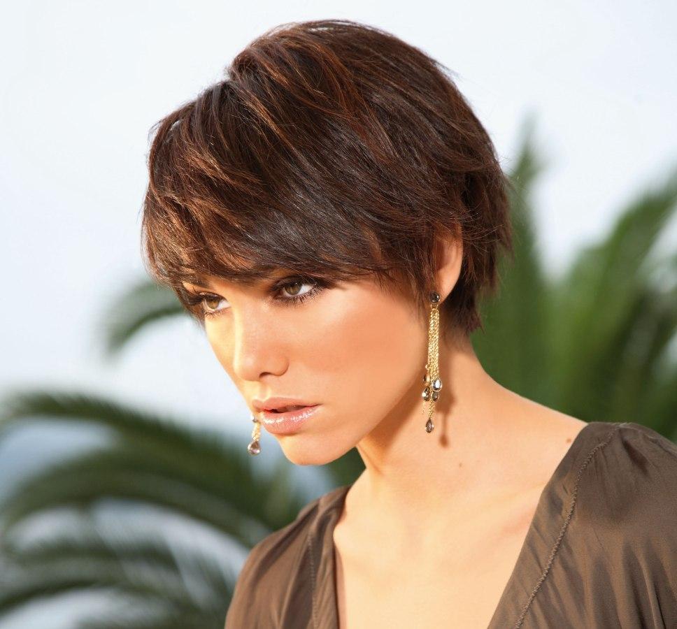 Short Feminine Hairstyles