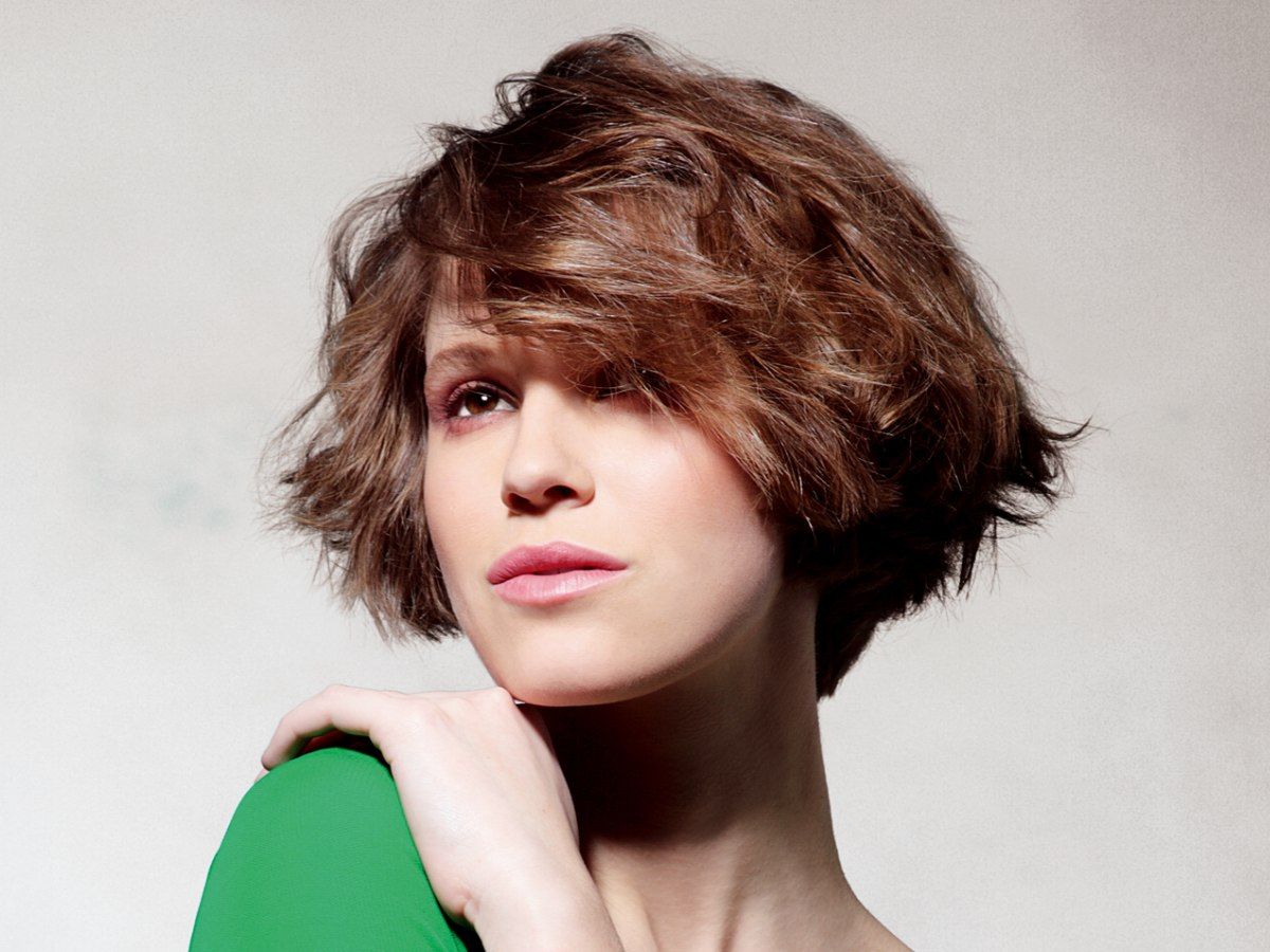 Combine the dorothy hamill wedge and a bob in one haircut and the pseudo wedge bob winobraniefo Image collections