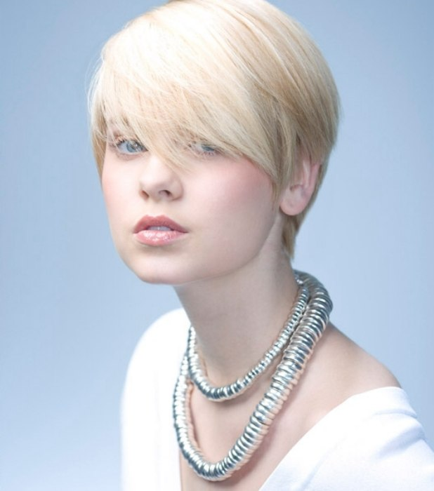 Short shorn haircut with a long fringe | Boyish blonde crop