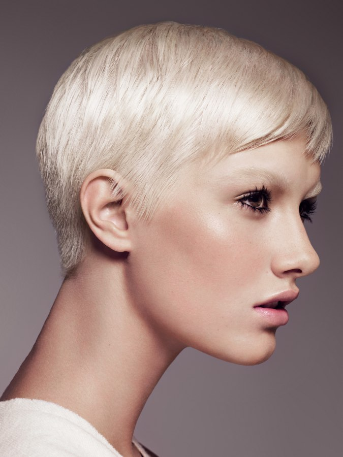 Feminine Short Hairstyle That Is Easily Maintained