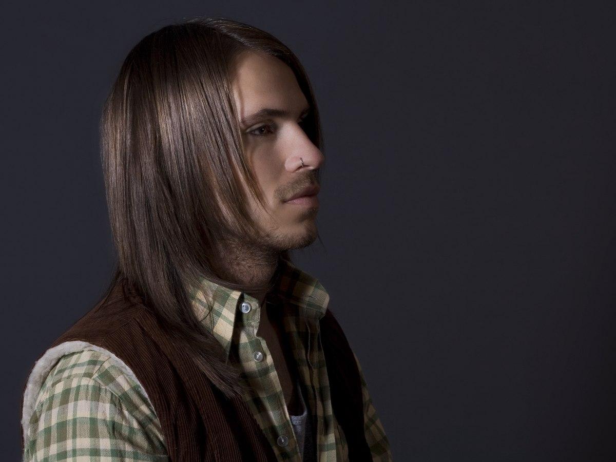 Long Men S Haircut With Razor Cut Finishing