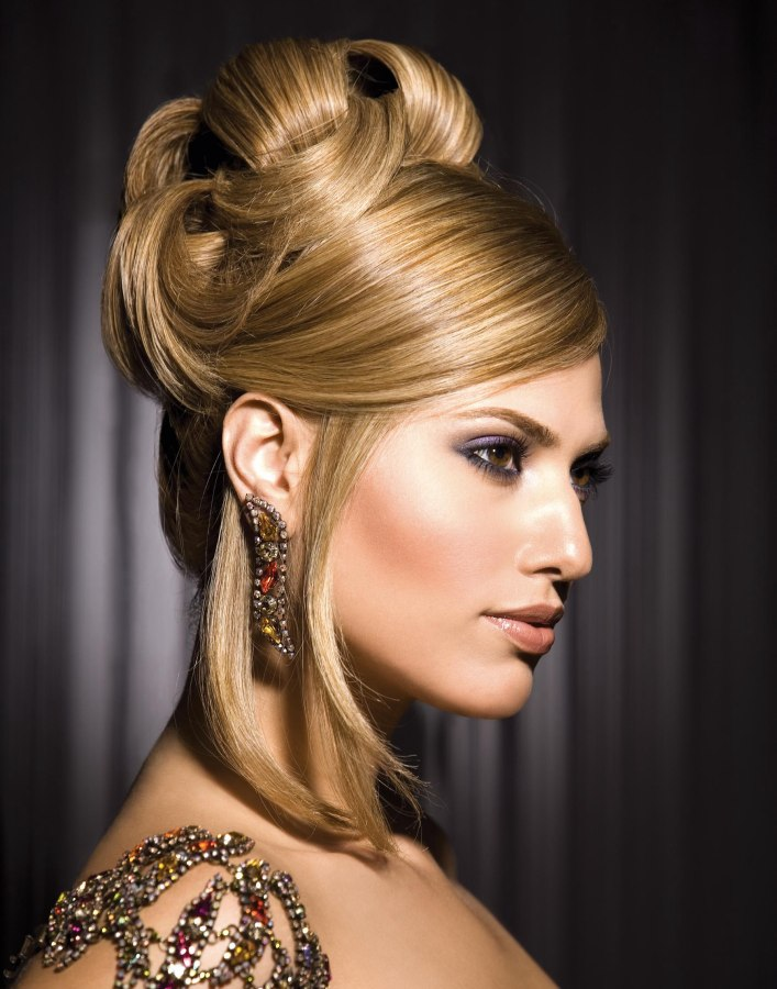 Sophisticated Chic Up Style Combining Volume With Sleek Smooth Styling
