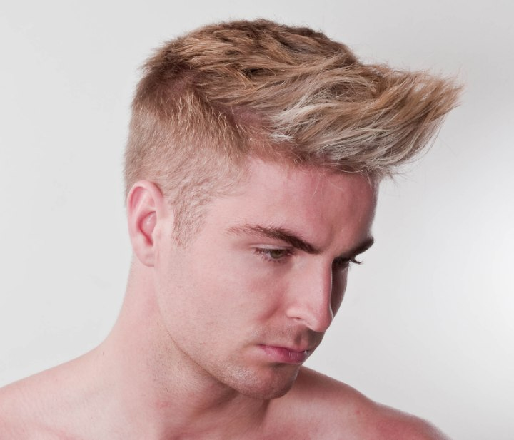 Step By Step Guide On How To Cut A Short Mens Haircut With Flat