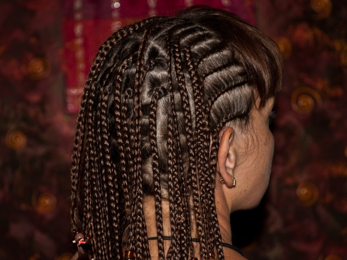 What cornrow braids are and how cornrow braids are created
