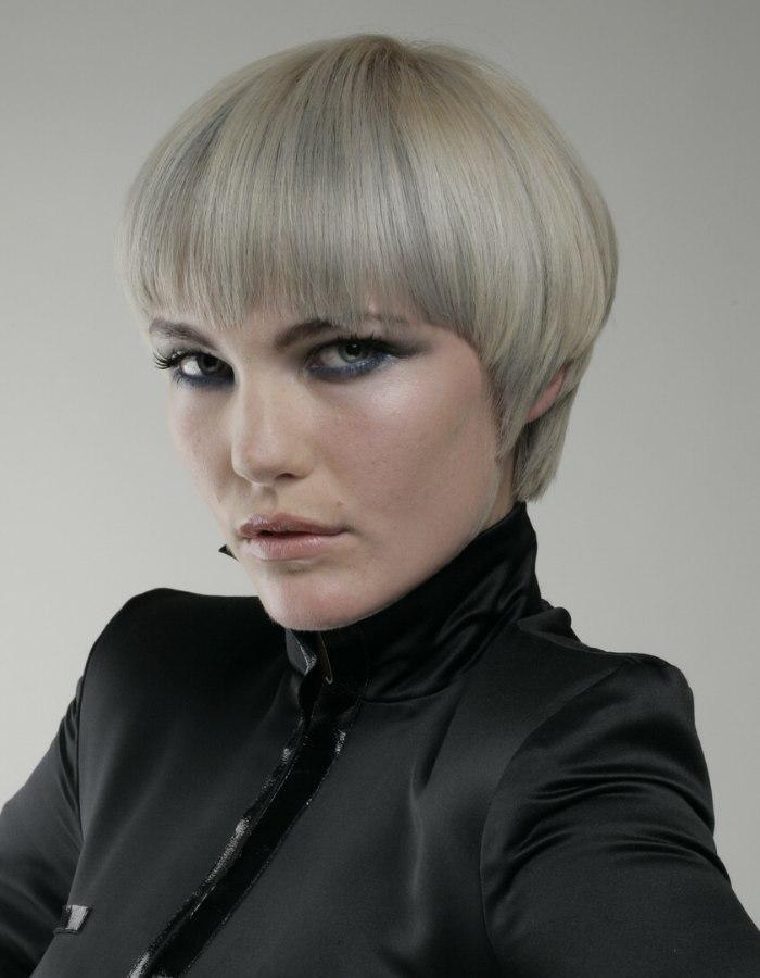 Short Blonde Hair With Silvery Grey Streaks Metallic