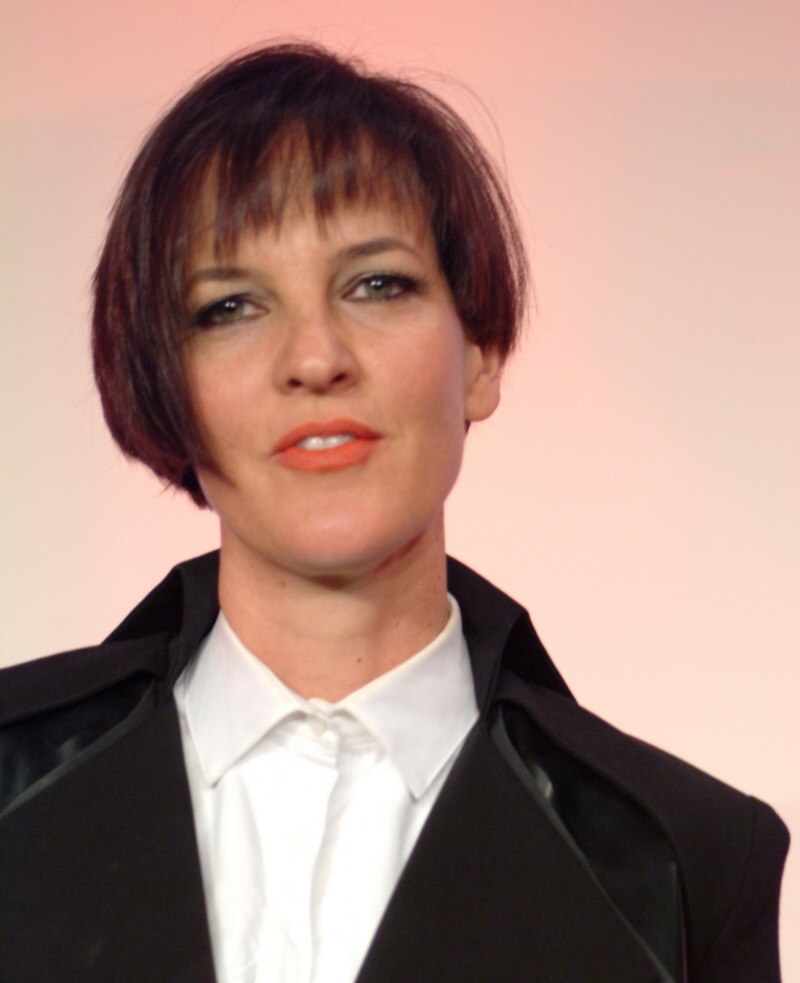 Preppy Look With A Short Asymmetric Haircut That Reminds