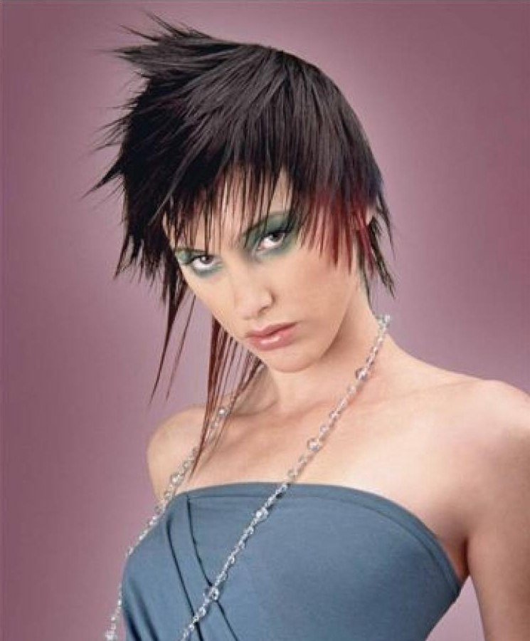 Short Spiky Haircut With Thin And Long Straight Tendrils
