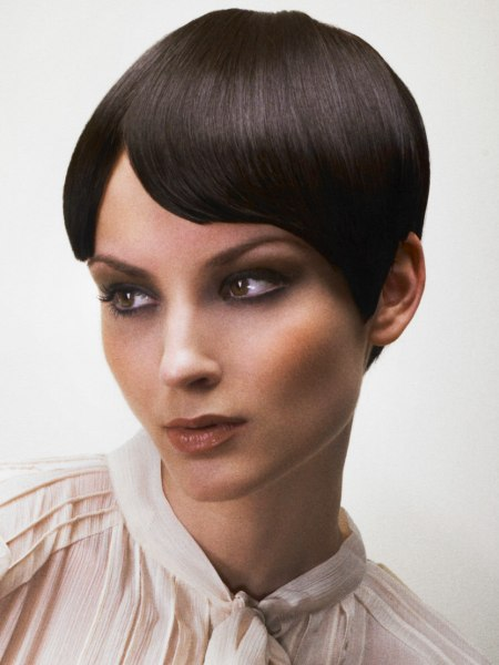 smooth pixie hairstyle