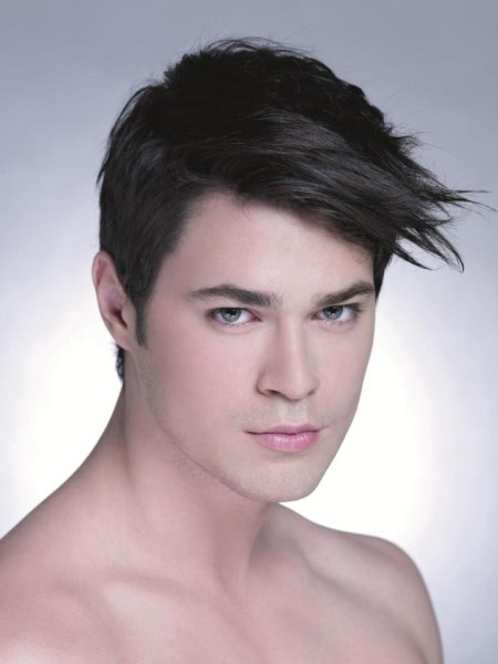 male hairstyle with short sides