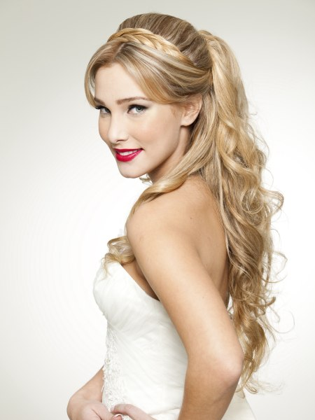 Disney princess hairstyle for long blonde hair