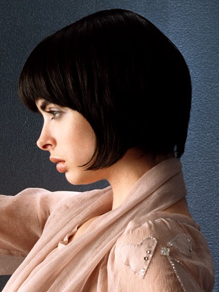 short bob with fringes in the nape