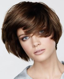 classy short hairstyle