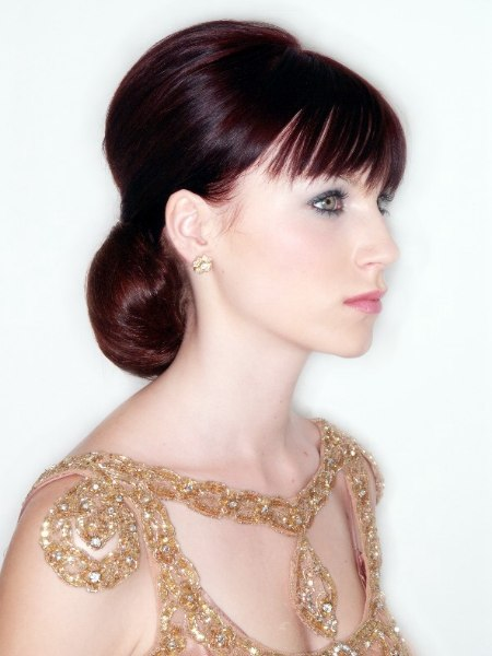 Side view of a comfortable wedding hairstyle with a bun