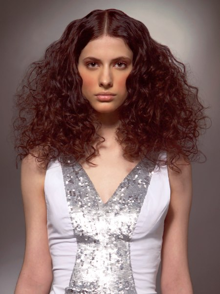 photo of hairstyle with curls