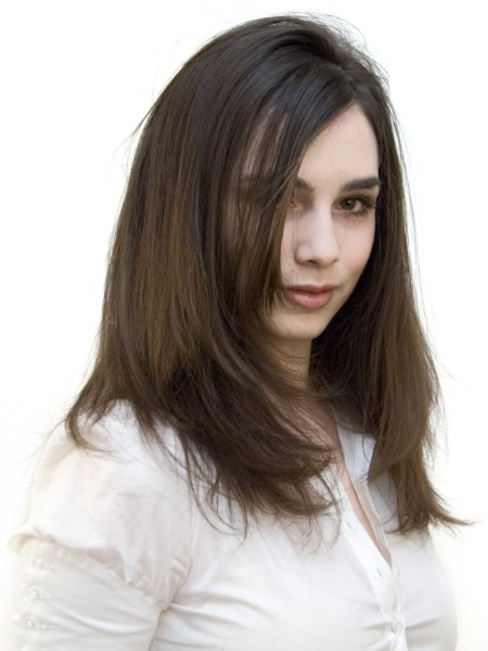 Fashion hairstyle for a brunette