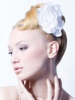wedding hair with a gardenia