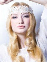 wedding hair style with a headband