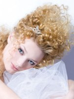 bridal hair with twirls